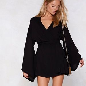NastyGal NWT Along For The Wide Wrap Dress Sz 4